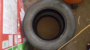 2 Firestone 225/65r17 no cracks