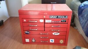 8 drawer gray tool chest