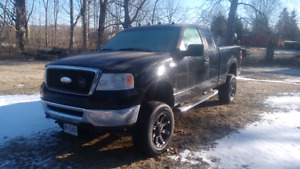 Lifted 2006 F150 4x4 XLT with extras