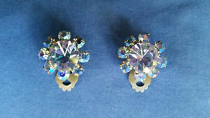 VINTAGE EARRINGS TRIAD 1950 West Island Greater Montréal image 1