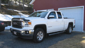 2014 GMC SLE  Z71 4*4 Low Kms
