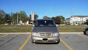 2005 Kia Sedona LX Anniversary Edition Minivan, Van