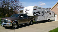 Dodge Ram 2500 & Cardinal 5th wheel