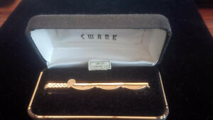 "Vintage Gold Tone ""Swank"" Fishing Rod Tie Clip in Box"