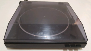 Audio technica usb AT-LP2D stereo turntable