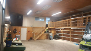 Commercial Bay for Rent 1 Acre