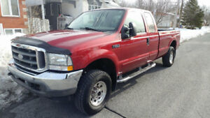 Ford SuperDuty F-250 -- 2003 -- Camionnette - Pick-up Truck