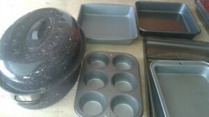 VARIOUS BAKEWARE PANS AND ROASTER