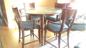 Bar table set with 4 chairs Windsor Region Ontario image 1