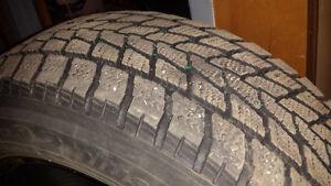 4x pneus -  Toyo Observe G-02 plus (pneu hiver)   205/60 R16 92T