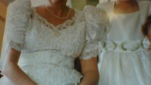 Princess Wedding Gown and Veil with Accessories - Reduced Peterborough Peterborough Area image 3