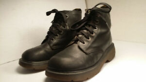 *DR MARTENS authentic - bottes femme size 9 - MADE IN ENGLAND*