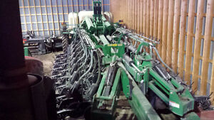 2008 Great Plains YP1625-32TR Planter