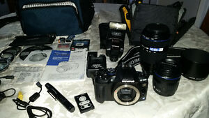 OLYMPUS 35mm DIGITAL SLR CAMERA
