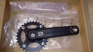 New in Box FSA Gravity DH Crank with Single DH Chain Ring