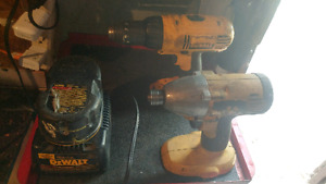 18v Dewalt drill and impact combo