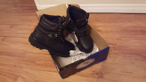 JB Goodhue Insulated Work Boots