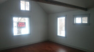 Bright, fresh house rental in the village of Holden
