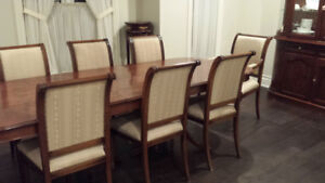 ITALIAN HAND CRAFTED 11 PIECES DINING SET WITH CABINET & BUFFET