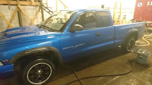 1999 Dodge Dakota Sport Pickup Truck
