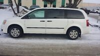 2008 Dodge Grand Caravan white Minivan, Van