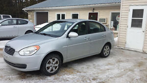 2009 Hyundai Accent L Sedan