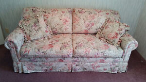 Beautiful floral brocade sofabed, like new,  pink floral