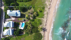 Quiet Beachfront Villas or Apartment with Shared Pool, Grenada!