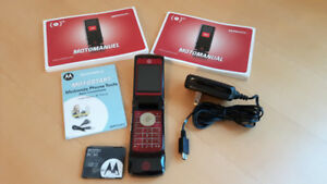Motorola MOTOKRZR unlocked, global 4 band GSM Flip Phone