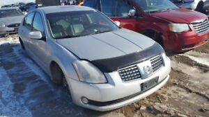 2004 MAXIMA .. JUST IN FOR PARTS AT PIC N SAVE! WELLAND