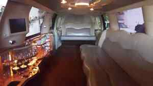 1998 Lincoln Town , Excursions, Navigator limos and more