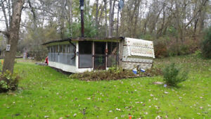 Older style camper / trailer for sale