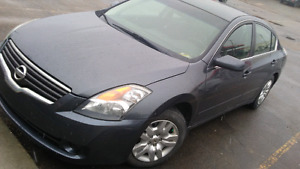 2009 Nissan altima 2.5s loaded with low km 92000 active one owne