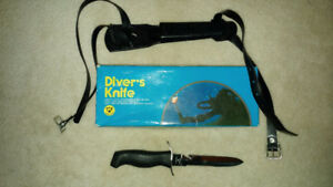 Scuba dive knife and compass