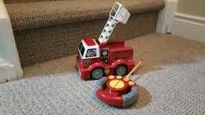 Remote control fire truck Kitchener / Waterloo Kitchener Area image 1