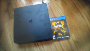 selling Ps4 1TB