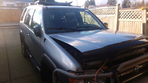 2000 nissan pathfinder  for parts.