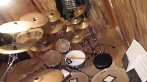 Drum pearl  vision batterie 17 cymbale 7tom