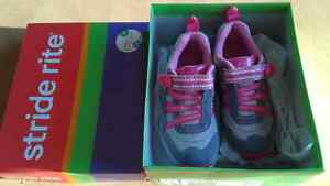 Stride rite size 9 new in box