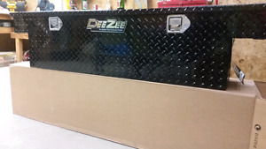 NEW-DeeZee tool box for mid sized truck