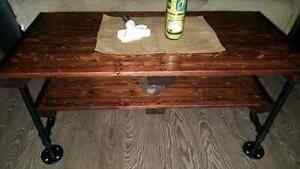 """Rustic 3/4"""" black pipe and pallet wood coffee table"""