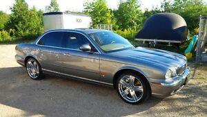 2005 Jaguar XJR Leather Sedan