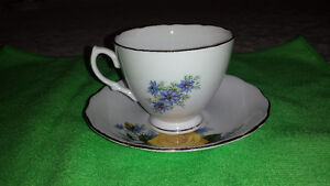 Royal Vale Single Yellow Rose Bone China Cup & Saucer Cambridge Kitchener Area image 2