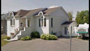 Maison à louer à St-Hubert