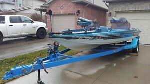 1987 Ranger 373V Fishing boat----$5950 O.B.O