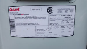 Giant Electric Water Heater 47.8 Gal