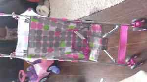 Umbrella stroller and vibrating chaire