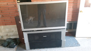 Free 50 rear projection TV