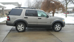 2006 Ford Explorer xlt SUV, Crossover e-tested willing to cert