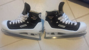 Bauer Supreme 1000 Goalie Skates - Size 5 - BRAND NEW IN BOX
